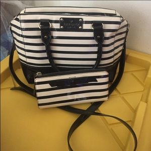 Kate spade patent striped retired set purse wallet